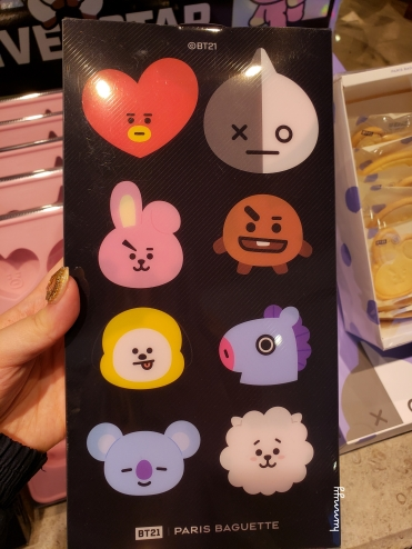 ::BTS:: All the BT21 at Paris Baguette!.jpg