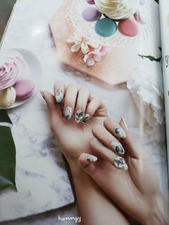 nail magazine