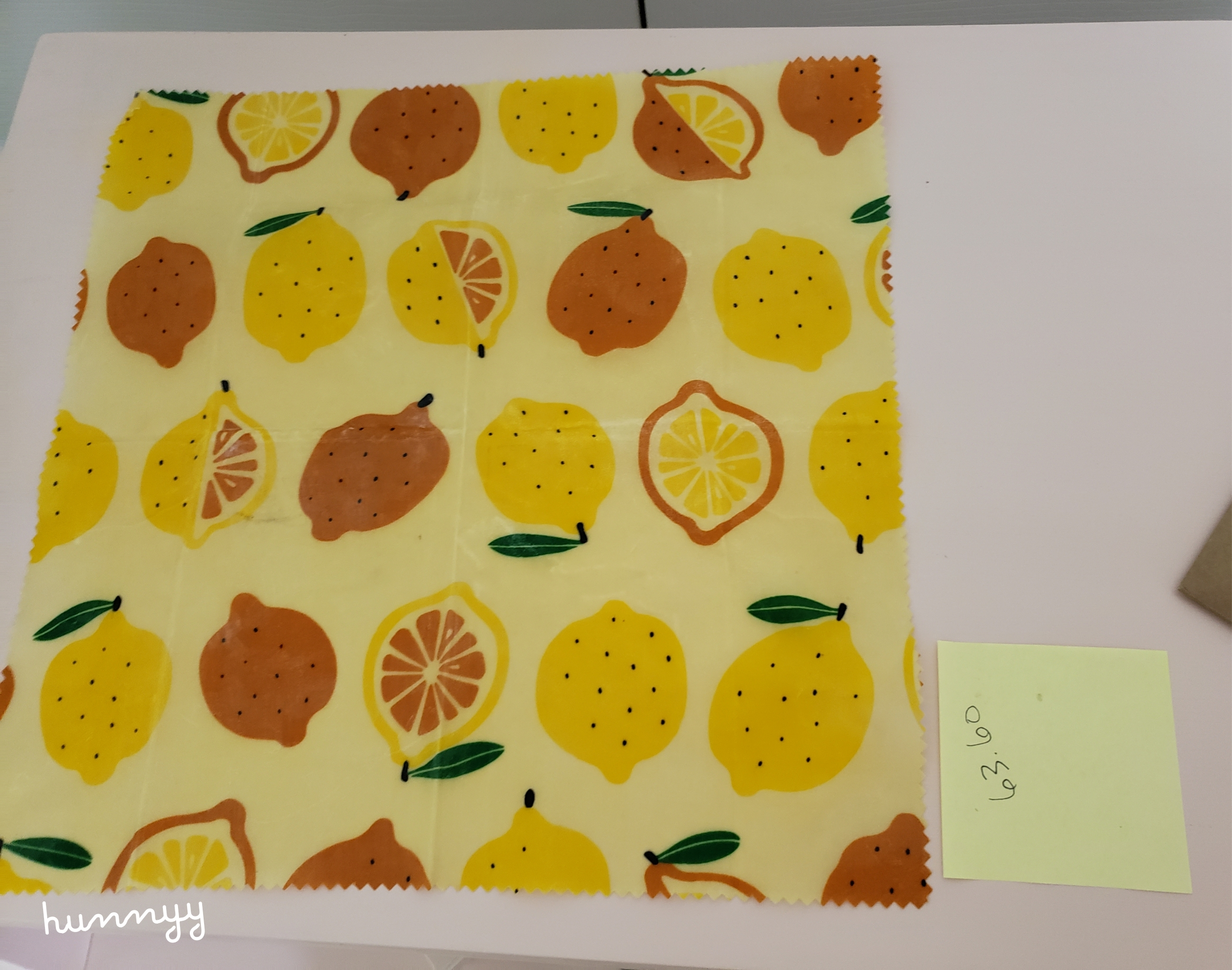 ::EcoHunnyy:: Beeswax Food Wrap Review!