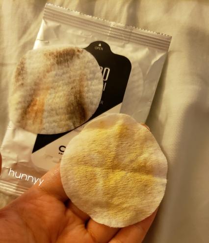 ::REVIEW:: Club Clio Lip & Eye Remover Tissue!!