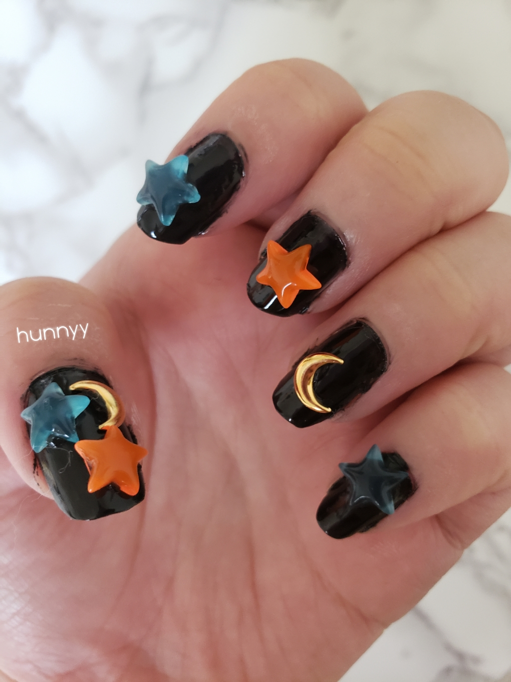 ::Hunnyy:: Who Says Halloween Has To Be Scary? Cute Nail Design!