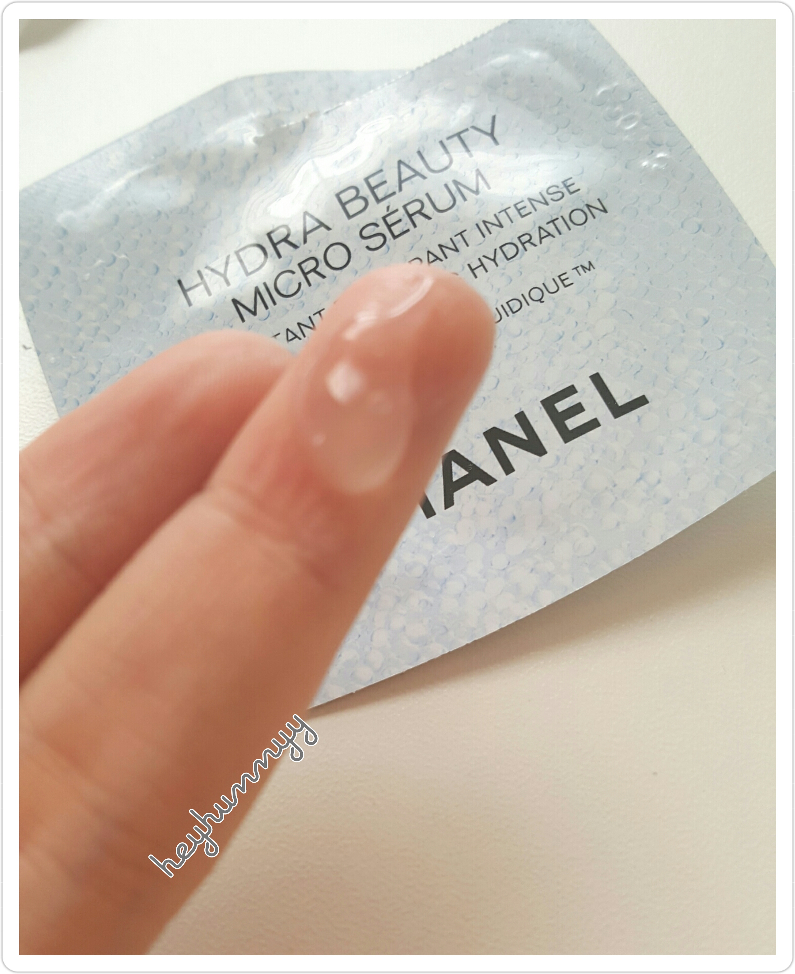 ::REVIEW:: Chanel - Hydra Beauty Micro Serum! hunnyy